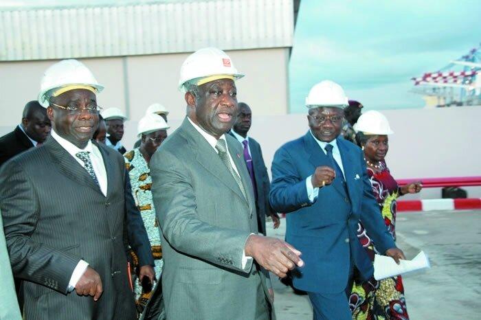 Contrairement aux allégations mensongères des Bédié et consorts : le Président Laurent Gbagbo, bâtisseur de son temps.