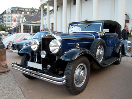 Horch_sportcabriolet_420_1932_01