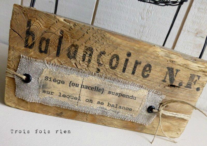 Balançoire fil de fer, lin, bois, papier, récup' (4)