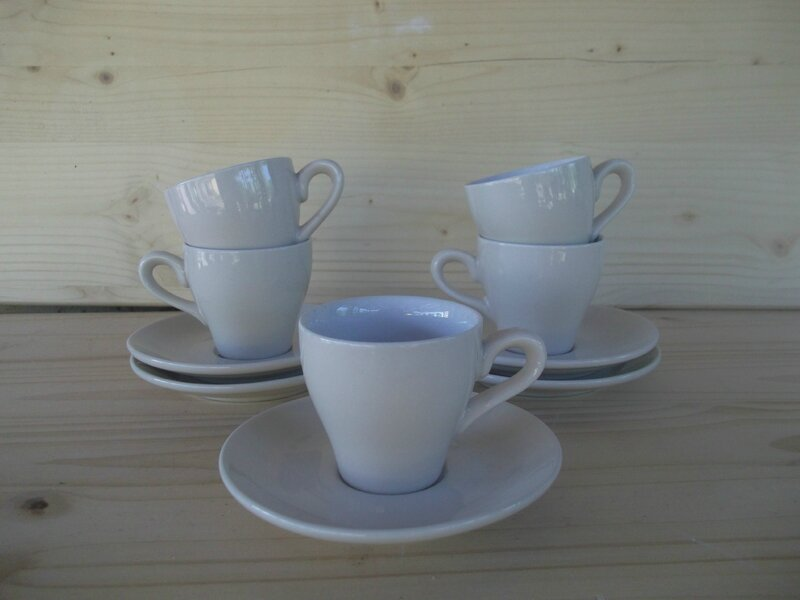 tasses faience beige