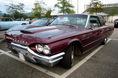 Ford_thunderbird__Rencard_du_Burger_King__01