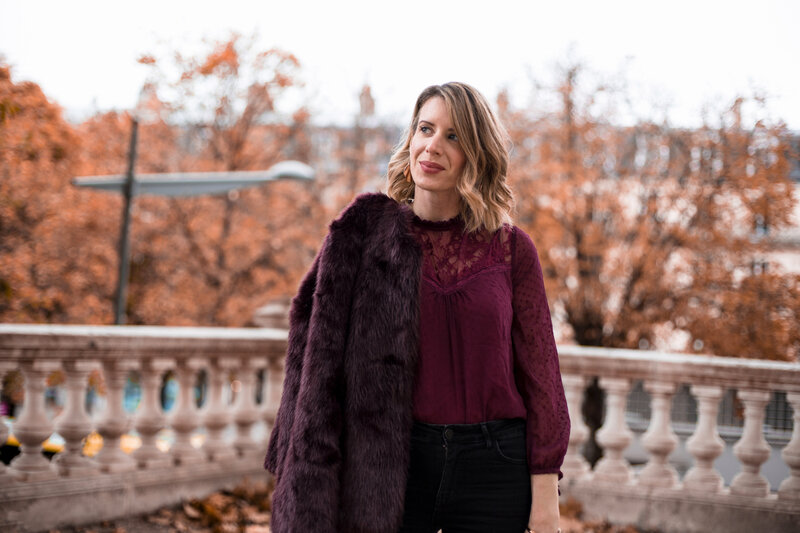 Burgundy lace and faux fur (7)