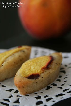 Financiers___la_p_che_th__et_cardamome_2