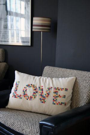 button_love_cushion_1_