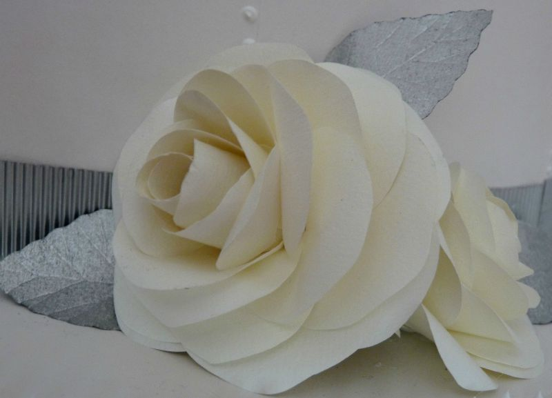 Détail du Wedding cake, rose en papier IngreS
