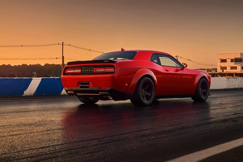 Dodge_Challenger_Demon_2017_50960-1800-1200