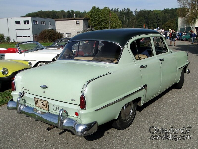 plymouth-cranbrook-sedan-1953-02