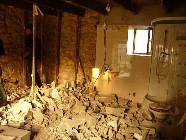 renover une maison tous les messages sur renover une maison une long re moisie pour cr er un. Black Bedroom Furniture Sets. Home Design Ideas