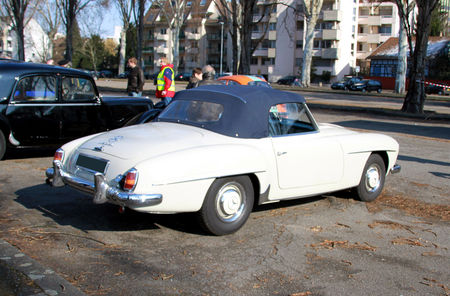 Mercedes_190_SL__Retrorencard_mars_2010__02