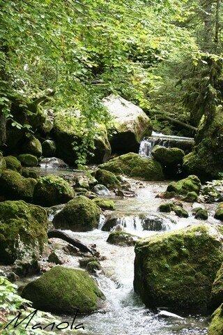 complicité entre eau et pierres...