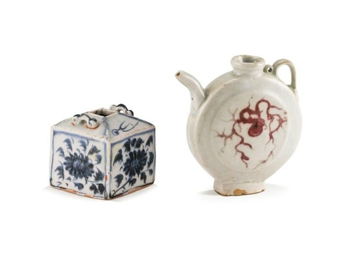 A blue and white 'chrysanthemum' waterpot and a underglaze-red ewer, Yuan dynasty