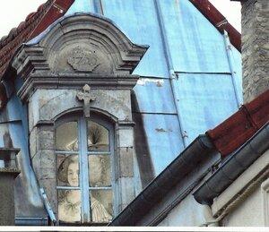Jeanne à sa fenêtre