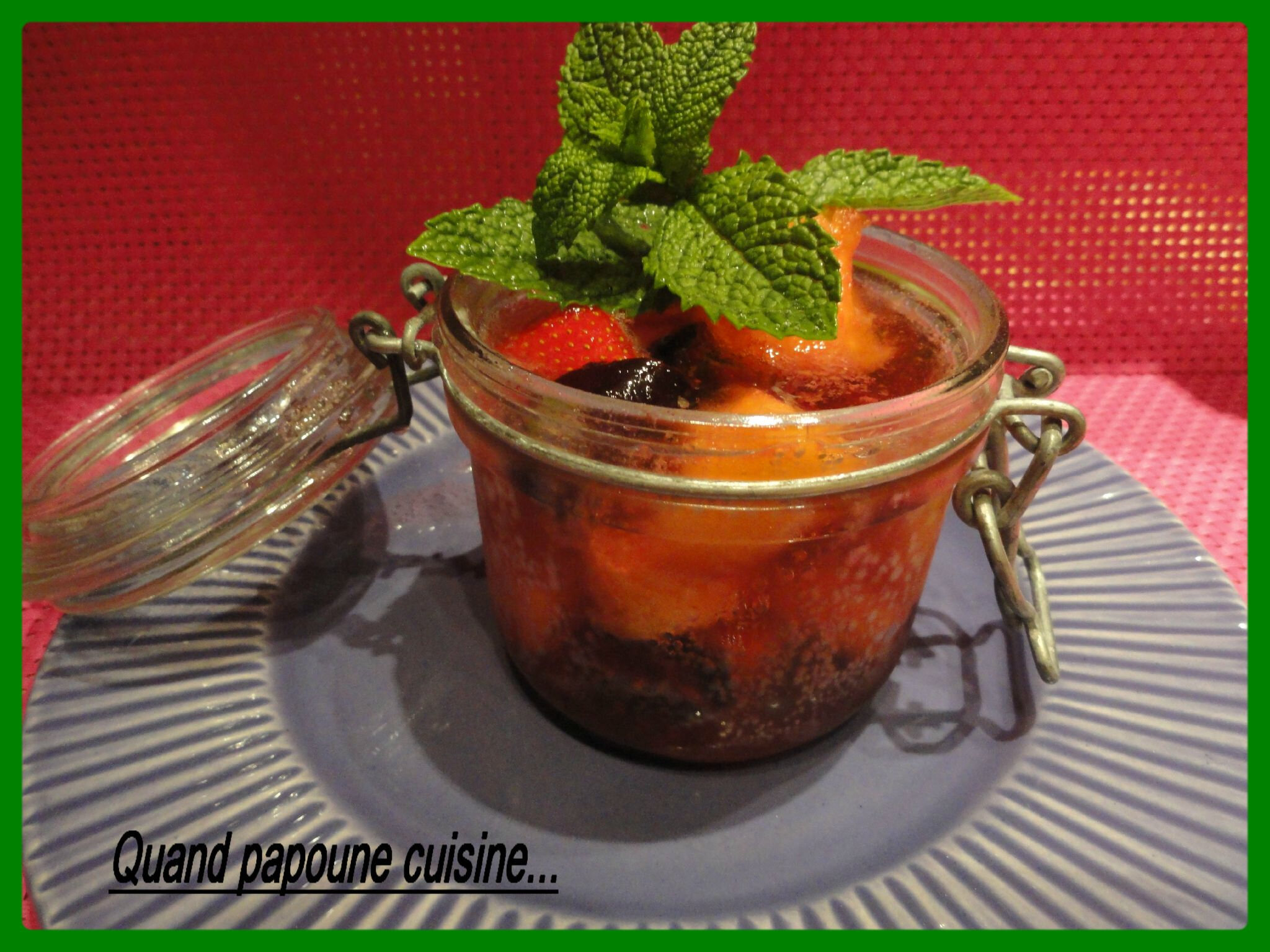MINESTRONE DE FRUITS AU CAMPARI
