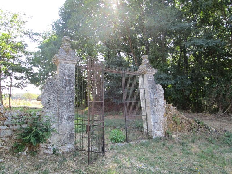 8-Mireille Dordogne