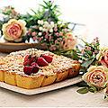 Crumble/cake aux cerises, fraises, framboises, kiwis....un délice!!!!!