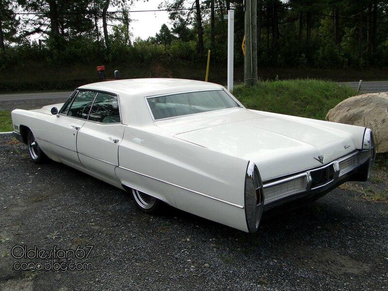 cadillac-hardtop-sedan-1967-02