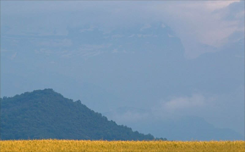 Haut Aragon juin 2017 J3 embalse Mediano 4 paysage montagne nuages