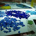 Je dégrade les bleu aussi bien que je le peux et ce n'est pas facile avec le verre !