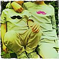 Moustache velours vs moustache fluo
