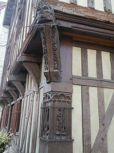 TROYES 333
