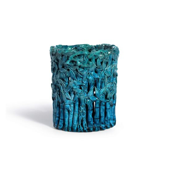 A Turquoise-Glazed 'Three Friends' Brushpot, Qing Dynasty, Kangxi Period (1662-1722)