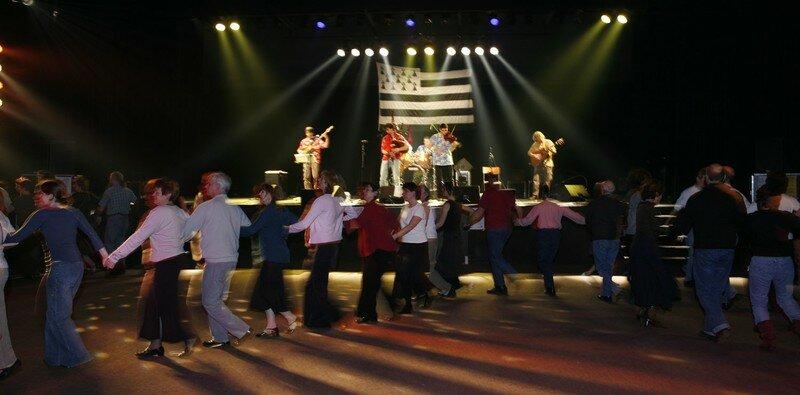 FEST-NOZ-COURNEUVE-2006