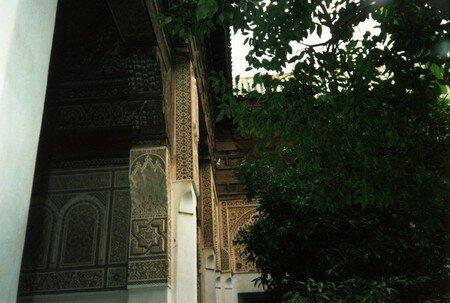 017_palais_de_la_bahia_boiserie_et_jardin