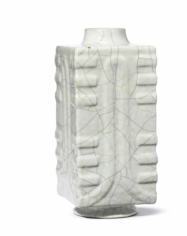A rare Guan-type square vase, cong, Qianlong seal mark and of the period (1736-1795)