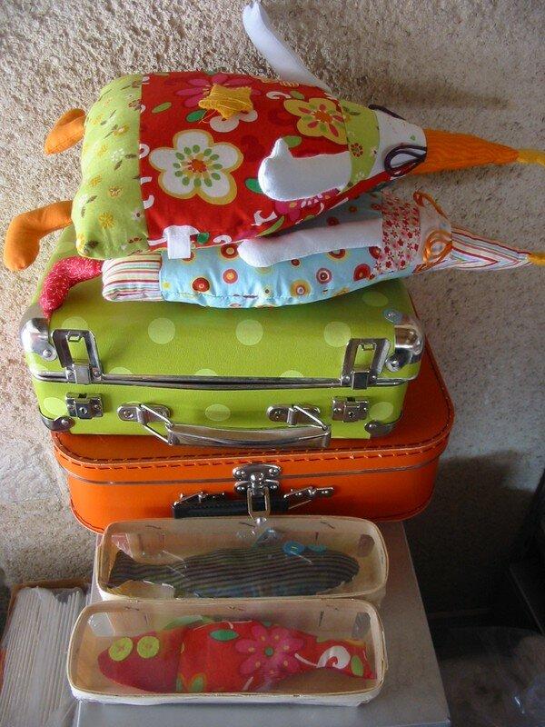Les babouchkas et leurs valises en carton