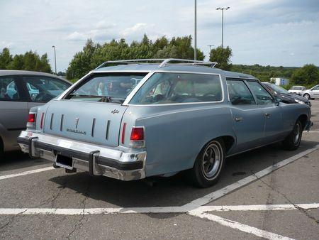 PONTIAC_Catalina_Safari_wagon_Sprimont___parking_AC__2_