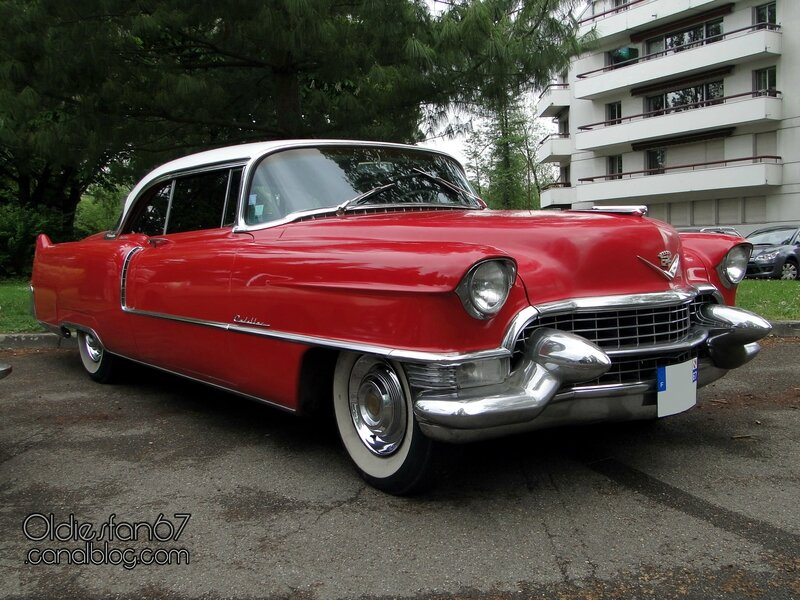 cadillac-coupe-deville-1955-01