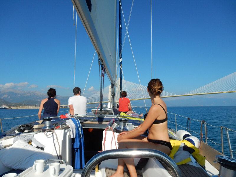 Arrivée au pont entre Rio en Andirion, T2A expedition, Hellas Fos 241018