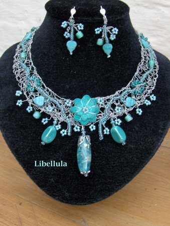 Collier_crochet__turquoise