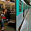Station Barbès Rochechouart Lignes 4 & 2.