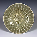 Chrysanthemum Petal Shaped Dish, Vietnam, Trần dynasty (1225–1400), Stoneware with pale green glaze, D