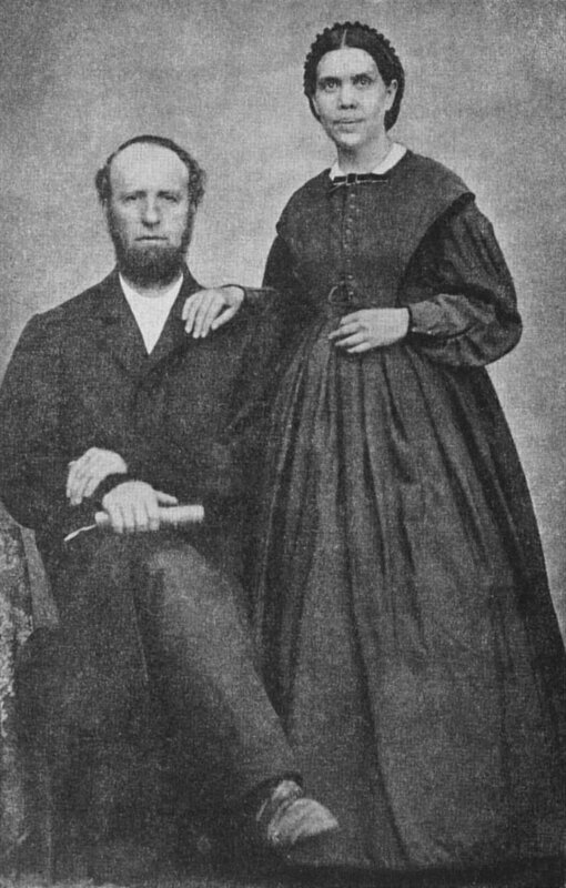 800px-James_and_Ellen_White