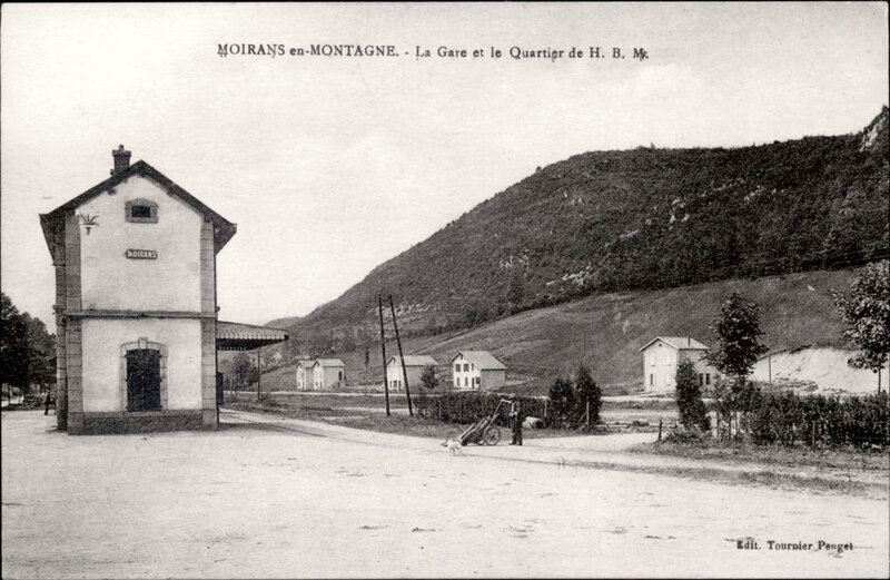 moirans-en-montagne-la-gare-de-chemin-de-fer-et-le-quartier