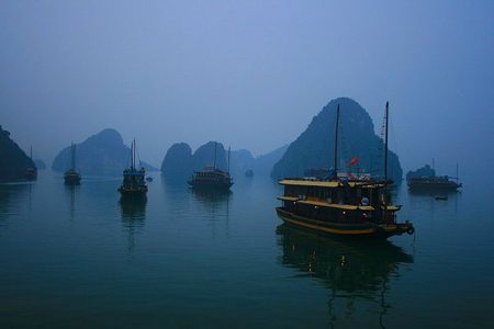 baie d'halong by ng andre