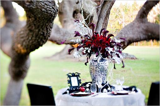 theme de mariage twilight vampire gothique le salon de th le blog d 39 un lys dans l 39 atelier. Black Bedroom Furniture Sets. Home Design Ideas