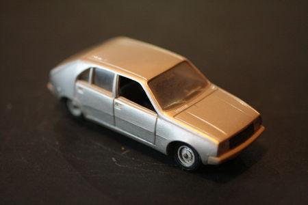 43_Renault_14_04