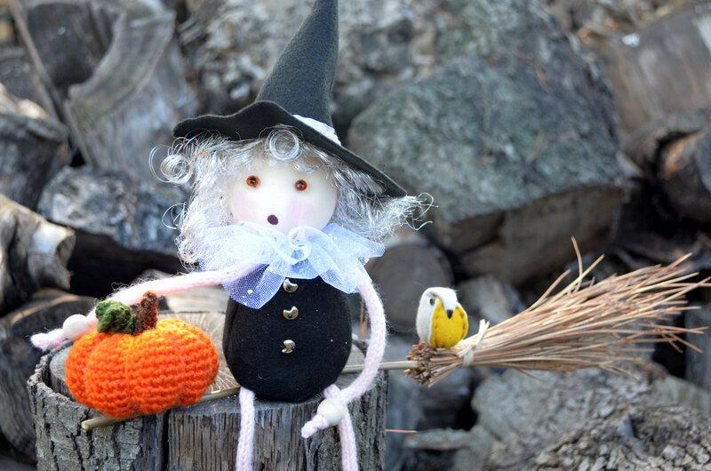 Lola la sorcière-La chouette bricole