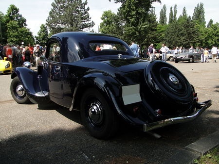CITROEN Traction Coupe Retrorencard 2