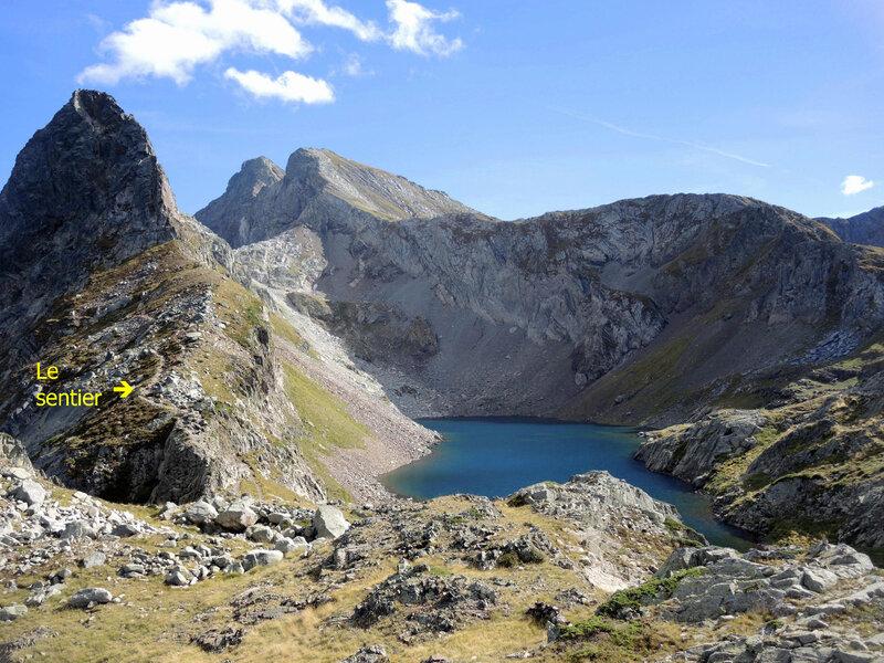 Lac d'Arrious, randonnée, o) lac d'Arrious, vue générale (64) a