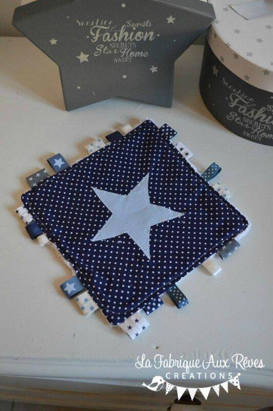 doudous étiquettes bleu marine blanc bleu ciel étoiles pois - cadeaux naissance bleu marine blanc bleu ciel 2