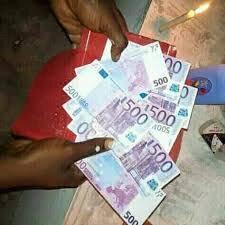 PORTEFEUILLE MAGIQUE EN DOLLARS