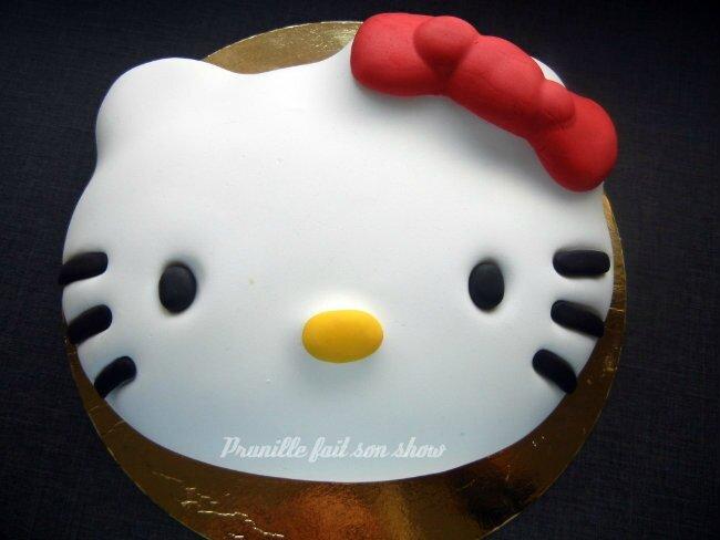 hello kitty cake prunillefee 1