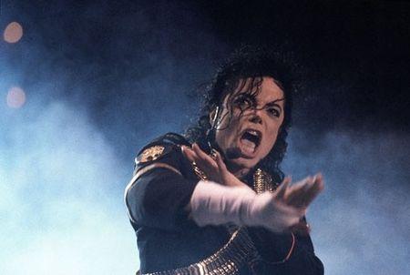 Michael_Jackson_Pontaise_14