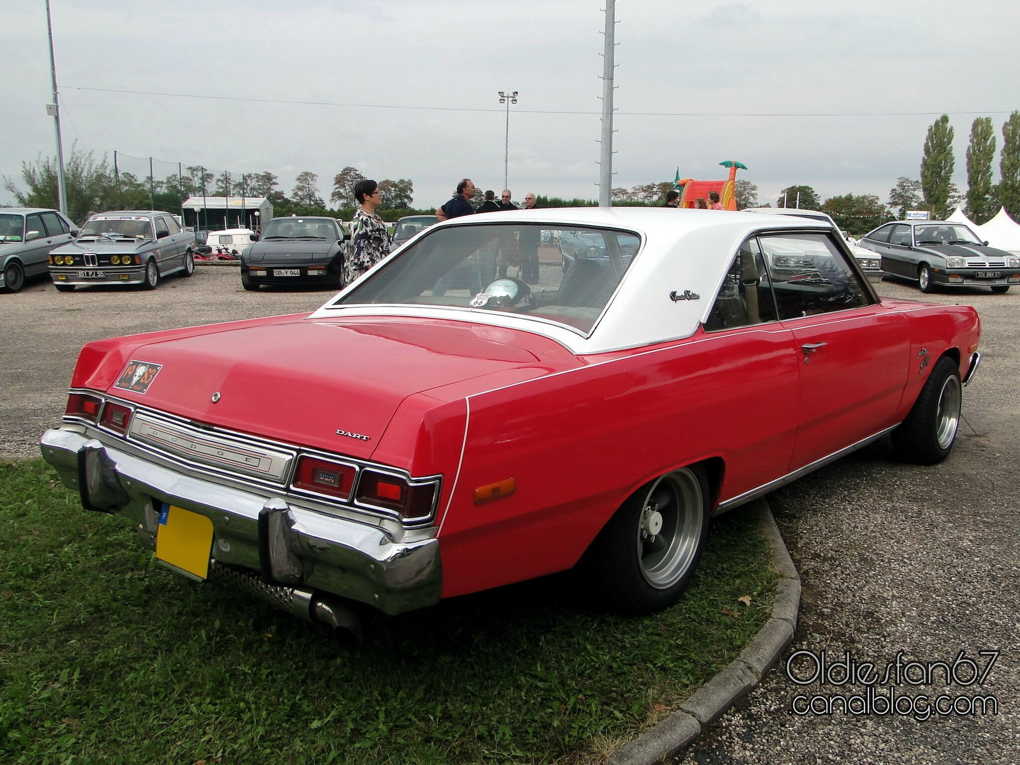 Dodge Dart Swinger Special Edition Hardtop Coupe 1975 1976