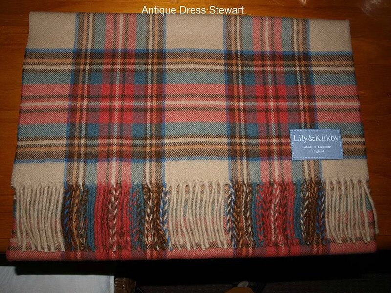original_lambswool-ladies-tartan-scarves