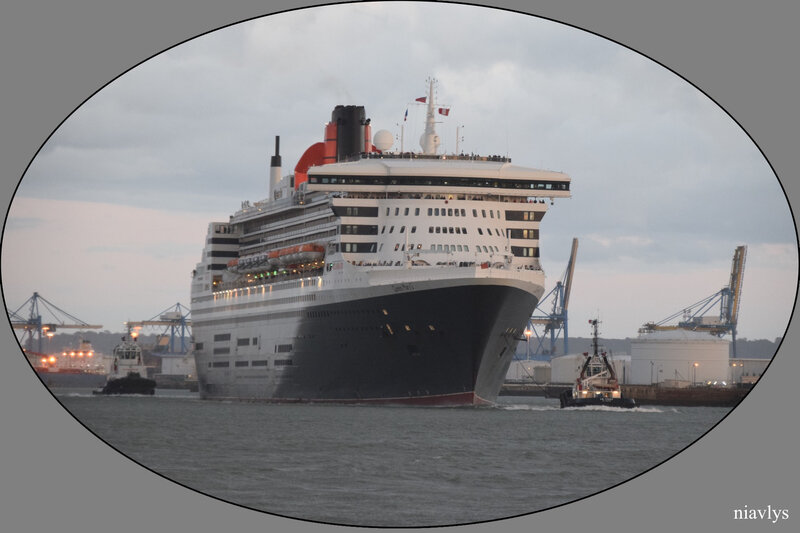 queen mary 2 5